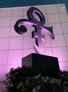 Purple Love, All Things Purple, Prince Paisley Park, Prince Tattoos, Prince Images, Roger Nelson, Prince Rogers Nelson, Purple Reign, Love Symbols