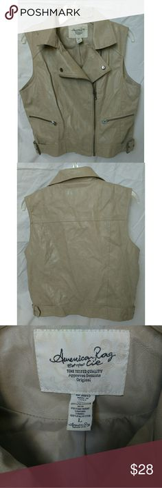 American Rag zip tan vest, size large American Rag zip tan vest made of polyester and polypropylene, size large American Rag Jackets & Coats Vests