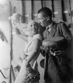 Josephine Baker and Georges-Henri Rivière in a showcase exhibition on the Dakar-Djibouti Mission at the Ethnography Museum of the Trocadero, 1933