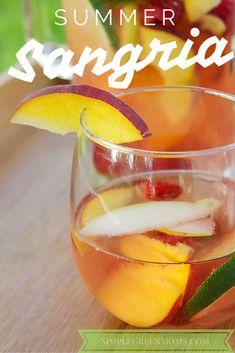 Skinny Summer Sangria by simplegreenmoms.com