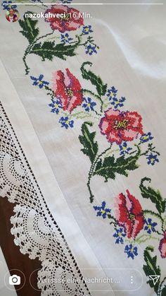 Cross Stitch Borders, Cross Stitch Rose, Cross Stitch Flowers, Cross Stitching, Cross Stitch Patterns, Knitting Patterns, Christmas Cross, Filet Crochet, Embroidery Applique