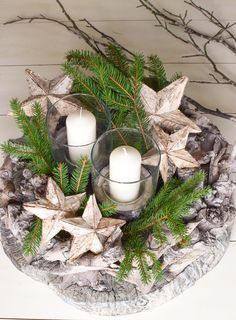 Advent wreath ideas make DIY yourself: of course made quickly. Christmas 2019, White Christmas, Christmas Crafts, Decoration Table, Xmas Decorations, Christmas Gift Baskets, Wedding Centerpieces, Holiday Crafts, Diy And Crafts