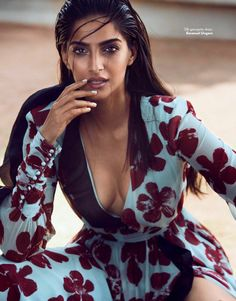 Gorgeous Sonam Kapoor photoshoot for Vogue Magazine June 2017 issue. Fashionista Sonam Kapoor has captured everyone's attention. Checkout her images from Vogue. Indian Actress Hot Pics, Indian Bollywood Actress, Bollywood Girls, Beautiful Indian Actress, Indian Actresses, Bollywood Fashion, Bollywood Bikini, Bollywood Saree, Beautiful Women