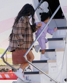 Cute Lazy Outfits, Mom Outfits, Stylish Outfits, Travis Scott Kylie Jenner, Kyle Jenner, Trajes Kylie Jenner, Kylie Jenner Outfits, Kylie Baby, Kendall And Kylie