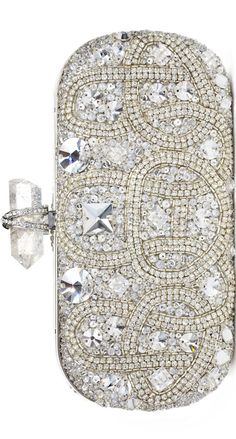 Marchesa -There's No Such Thing As Too Much Bling! (At least in my world) Beautiful Handbags, Beautiful Bags, Marchesa, Handbag Accessories, Fashion Accessories, Bling, Evening Bags, Evening Clutches, Clutch Purse
