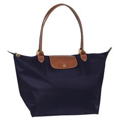 Purchased my first Longchamp while living in London years ago ... its time to add to my NAVY obsession.