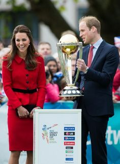 Catherine, Duchess of Cambridge & Prince William, Duke of Cambridge view the Cricket World Cup during a visit to Latimer Square, 04.14.14 in Christchurch, NZ