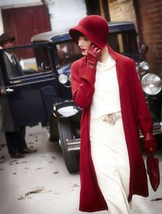 Can I just gush a little bit about Miss Phryne Fisher? She is the heroine of the Australian tv show Miss Fisher's Murder Mysteries and she has managed to keep me motivated … 1920s Outfits, Outfits With Hats, Mode Outfits, Vintage Outfits, Stylish Outfits, 20s Fashion, Look Fashion, Vintage Fashion, Retro Fashion