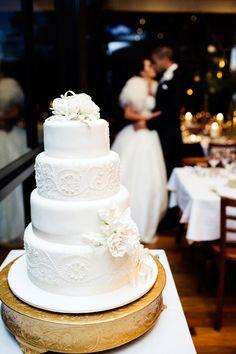 Wedding cake for winery wedding
