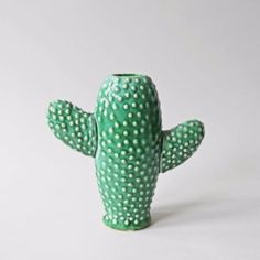 Small Cactus Vase ($26) ❤ liked on Polyvore featuring home, home decor, vases, ceramic home decor, colored vases, cactus home decor, ceramic vase and cactus vase