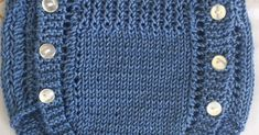 POLOLO DE HILO AZUL PRIMERA POSTURA             ENLACE PARA TEJER LOS ZAPATITOS  Material    Hilo azul 100% algodón para agujas nº 3 - 3,5... Knitting For Kids, Baby Knitting, Baby Pants Pattern, Ravelry, Fashion, Baby Models, Crochet Baby Pants, Knit Socks, Knitted Baby Clothes