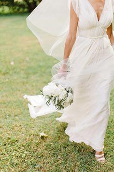 Provence wedding by Xavier Navarro j.mendal gown