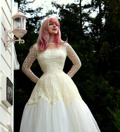 Vintage Lace and Tulle Wedding Dress with Long Sleeves Designer Vene Skinner and Matching Tulle Pettiskirt Wedding Book, Wedding Stuff, Wedding Ideas, Grad Dresses, Wedding Dresses, Vintage Dresses For Sale, Vintage Couture, Tulle Wedding, Beautiful Dresses