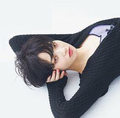 Pixie Hairstyles, Hairstyles With Bangs, Nana Komatsu, Japan Girl, Japanese Models, Ulzzang Girl, Asian Beauty, Short Hair Styles, Hair Beauty