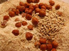 Surdegsbröd (2) Bread Recipes, Baking Recipes, Dog Food Recipes, Food And Drink, Cooking Recipes