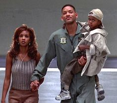 Independence Day.  Vivica Fox, Will Smith and Ross Bagley #josephporrodesigns