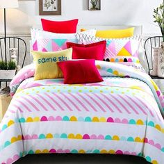 The colorful bedding sets for teenage girls features a simple look that goes great with all types of contemporary decor schemes. Update your bed in designer style with the colorful bedding sets for teenage girls. Kids Twin Bedding Sets, Yellow Bedding Sets, Aqua Bedding, Striped Bedding, Kids Bedroom Sets, Cheap Bedding Sets, Bedding Sets Online, Childrens Bedroom, Bedroom Ideas