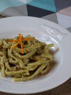 Pasta Al Pesto, Biscotti, Green Beans, Spaghetti, Chicken, Meat, Vegetables, Ethnic Recipes, Food Ideas