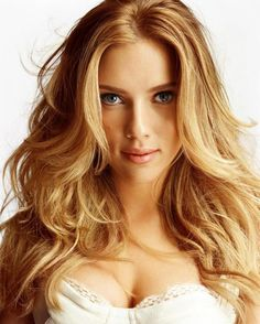 Scarlett Johansson hair http://beautyeditor.ca/2013/07/24/need-help-finding-the-right-hair-colour-for-your-skin-tone-bill-angsts-advice-for-alysha/