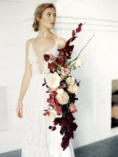 40 Gorgeous Spring Summer Wedding Bouquets For Your Perfect Wedding Cascading Wedding Bouquets, Summer Wedding Bouquets, Cascade Bouquet, Bride Bouquets, Bridal Flowers, Flower Bouquet Wedding, Floral Bouquets, Floral Wedding, Elegant Wedding
