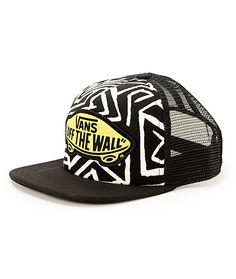 The geo print front panels of this trucker hat are contrasted by a bright  Vans Off c3755cfc1196