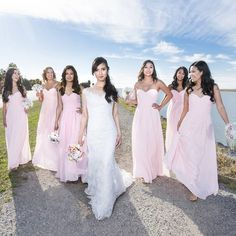 I love wedding party photos. . . #coastalfernweddings #glamandgoldbeautybar #OrenJonesPhotography #vancity #weddingdress #bridalparty #bridalfashion #weddingparty #weddingdress #vancouverweddingphotographer #bride #vancouver #luxurywedding #weddingfun #weddinginspiration #visualoflife #wanderlust #brideinspiration #instalove #instawedding #weddingday #maidofhonor #weddinggown #whitedress #richmondbc #vancouverwedding #604 #yvr #weddingfashion #weddingstyle