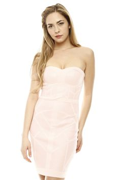 Wish I had the guts to wear something like this!! It's so pretty #strapless #pink #dress #bodycon