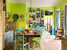 Casinha colorida: Cores e mais cores na cozinha
