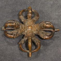 15th century, Tibet, copper alloy, photo gallerie Petillon.