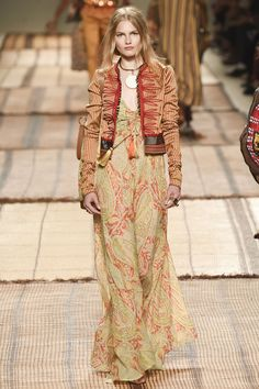 Etro Spring/Summer 2017 Ready-To-Wear Collection