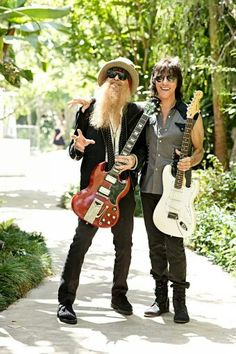 Billy Gibbons (ZZ Top) and Jeff Beck. Photo by Ross Halfin Rock Roll, Rock N Roll Music, Zz Top Band, Billy F Gibbons, Jeff Beck, Music Pics, Music Album Covers, Rock Legends, Blues Rock