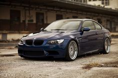 BMW E93 well presented good color and wheel choose  http://extreme-modified.com/