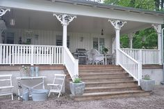 love the wide steps; love there are no foundation plantings. . . much seriously consider for front of cabin. . . bring gravel all the way to the house?