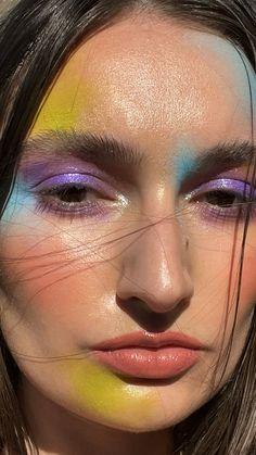 Cool Makeup Looks, Crazy Makeup, Cute Makeup, Weird Makeup, Creative Makeup Looks, Unique Makeup, Colorful Makeup, Pastel Makeup, Edgy Makeup