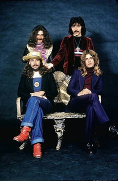 a classic live shot of ozzy osbourne with the mighty black sabbath epic concert photos. Black Bedroom Furniture Sets. Home Design Ideas