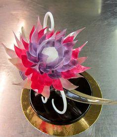 Sugar showpiece. Isomalt flower.