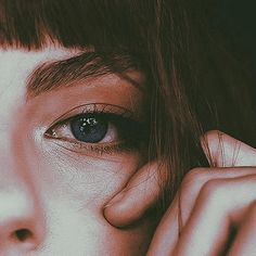Santa Cristina, Twilight, School For Good And Evil, Wattpad, Life Is Strange, Aesthetic Images, Character Aesthetic, Pansies, Eye Makeup