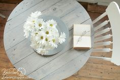 How to turn a big wooden spool into a farmhouse table top via Knick of Time