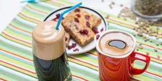 ☕️ Εσείς γνωρίζετε πώς φτιάχνεται ο στιγμιαίος καφές για να φτάσει στην κούπα σας; Pudding, Tableware, Desserts, Food, Tailgate Desserts, Dinnerware, Deserts, Custard Pudding, Tablewares