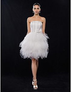A-line/Princess Strapless Knee-length Satin And Tulle Cocktail/Prom Dress