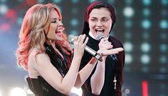 Sor Cristina gana le concurse musical 'Le Voce' de Italia