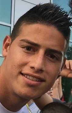 James your fan was cut! 2015 Chile