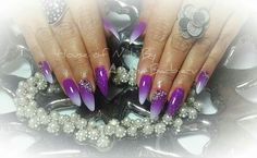 Stiletto purple naols design
