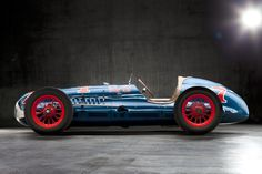 1949 Blue Crown Special - One of our cars from the past. Boulevard Motorcar Company owns the Photographs. Photo credit Dave Wendt.