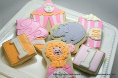 decorated circus cookies | Girl Circus Hand Decorated Cookies//2 ... | Circus Birthday Party