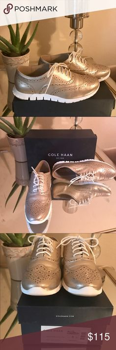 COLE HAAN gold metallic leather sneaker sz8💥 The sought after crazed sneaker fest this is a must have never worn goes with everything shoe to add to the closet!!! All I can say is the buyer is lucky!!!🌟🌟🌟 Cole Haan Shoes Sneakers