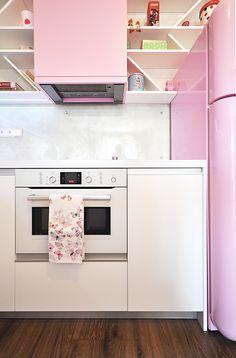 Jégeho Alej Kitchen Cabinets, Home Decor, Kitchen Cupboards, Homemade Home Decor, Decoration Home, Kitchen Shelves, Interior Decorating