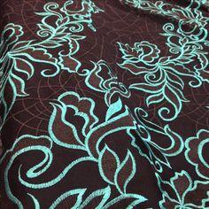Tecido tule bordado preto verde aqua brilhante