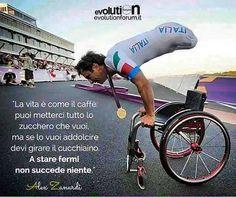 A 15 anni da quel terribile incidente su pista, oggi un ORO alle #paralympics 🏅 La vostra forza, la vostra audacia e la vostra determinazione vi rendono delle persone speciali 💙 @brigittafebbo