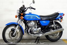 Custom Bobber, Custom Bikes, Royal Enfield India, Kawasaki Motorcycles, Widowmaker, Sport Bikes, Vintage Japanese, Motorbikes, Sweet